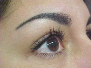 eyebrow threading photo